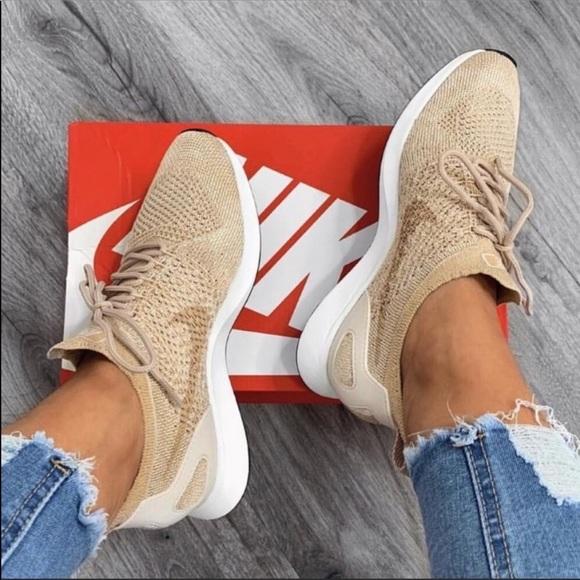 ba1be42fede Nike Air zoom mariah flyknit racer sneaker biege